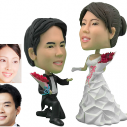 Personalized Wedding Cake Topper of a Couple with Bouquets, a Cake Topper that Looks Like the Bride and Groom